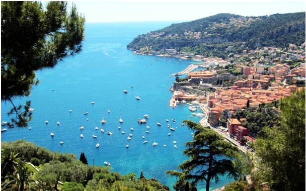 La Côte d'Azur (French Riviera)